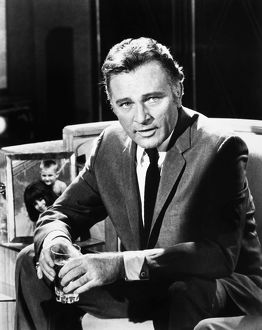 RICHARD BURTON (1925-1984). Welsh actor.