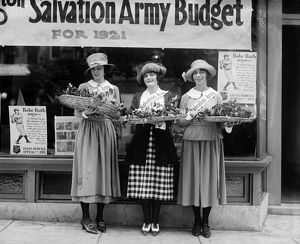 SALVATION ARMY, 1921. Salvation Army house girls, New York City, 1921