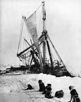 SHACKLETON'S 'ENDURANCE' sinking in the ice of the Weddell Sea of Antarctica