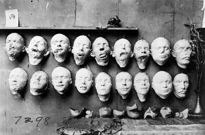 red cross salvation army/world war i masks 1918 masks showing work anna