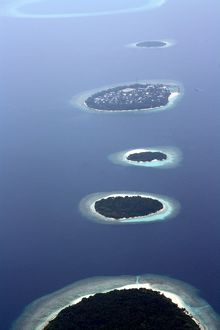 5 Islands In a Row, Maldives