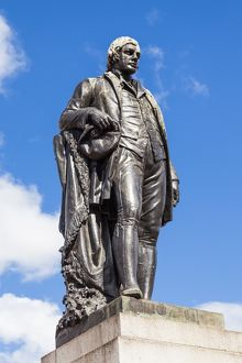 Statue of Robert Burns, Glasgow, Scotland.
