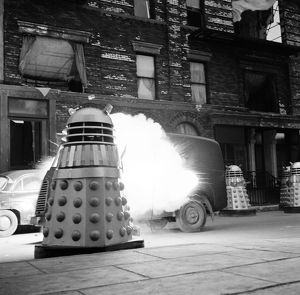 Daleks attack a rebels' vehicle