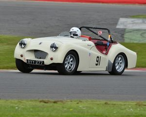 CJ3 6599 Richard Owen, Triumph TR2, RYY 277