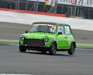 motorsport archive galleries/motorsport 2016 silverstone truck festival 13th august 2016/cm15 5955 louise inch super mighty mini