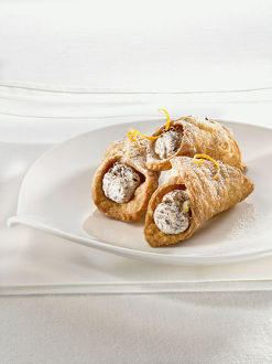 Cannolis on plate, close-up