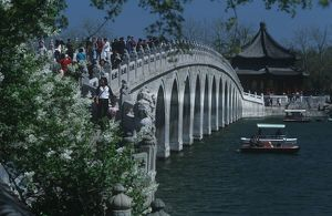 China, Beijing, Fengtai, tourists on Marco Polo Bridge over Kunming Hu lake