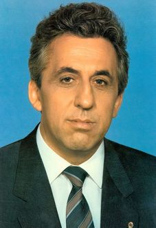 Egon Krenz (1937-) former Communist East German politician. General Secretary of