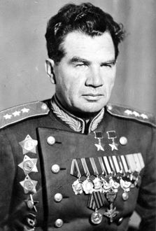 General vasily chuikov, commander of 62nd army