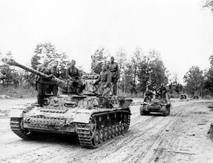 German tiger tanks, captured intactly by red army men.
