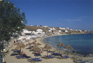 travel/greece mykonos platys gialos beach people laying