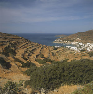 travel/greece syros horseshoe shaped kini bay syros
