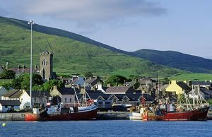 Ireland, County Kerry, Dingle, view of the fishing port
