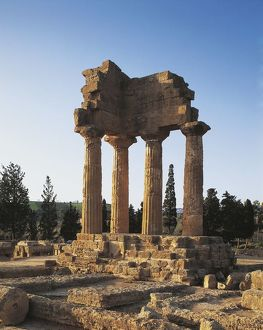Italy, Sicily Region, Agrigento Province, Agrigento, Valley of Temples, Temple of Castor