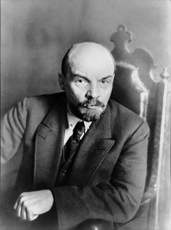 Lenin in moscow on march 2-6, 1919