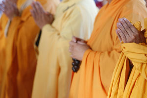 Praying Buddhist monks