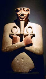 Statue of Egyptian pharaoh Tuthmosis III (1479-1447) at Luxor: 18th Dynasty. Note