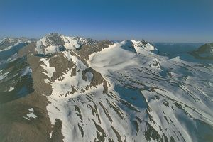 USA, Montana, Aerial view of Rocky Mountains in Glacier National Park (UNESCO World Heritage List