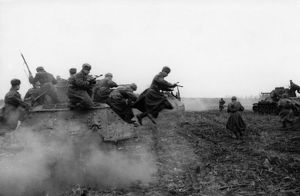 World war 2, 2nd ukrainian front, tank-borne soviet infantry attacking on the approaches