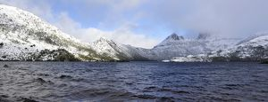 Cradle mountain in winter