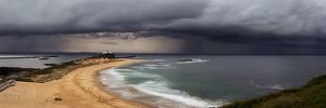 storm of nobbys beach newcastle nsw