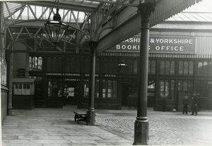 Halifax station, Lancashire and Yorkshire Railway. View of the entrance to the booking