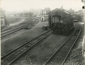 Huntingdon engine shed, 1910. View looking north west towards a 50ft turntable, shed