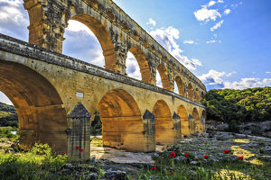 Ancient Roman masterpiece, Roman Aqueduct crossing the Gardon River, Pont du Gard