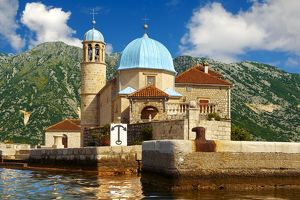 travel/photographer collections paul williams funkystock/church lady rocks gospa od skrpjela islet bay kotor