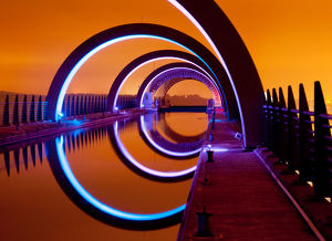 <b>Falkirk Wheel</b><br>Selection of 5 items