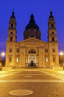 Hungary, Budapest, Saint Stephens Basilica and illuminated square