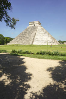 Mayan Pyramid of Kukulkan, El Castillo, and ruins at Chichen Itza, Yucatan, Mexico