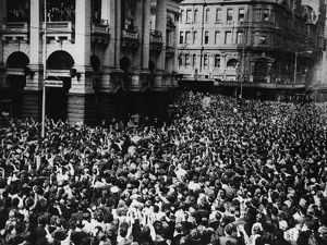 Oz Beatles Crowd