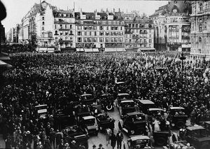Paris Parade For Lindbergh