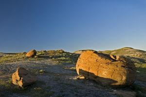 Red Rock Coulee, Writing-on-Stone Provincial Park, Alberta, Canada