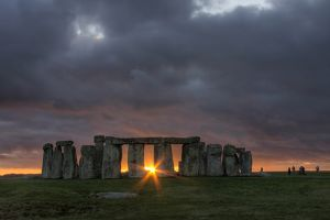 travel/photographer collections gail johnson photography/stonehenge sunset