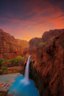 Stunning Colours of Havasu Falls