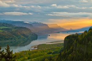 Sunrise at Crown Point in Columbia River Gorge