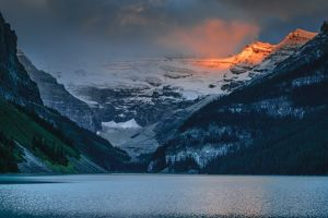travel/unesco world heritage/sunrise mount victoria lake louise banff national