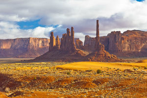 The Totem Pole in Monument Valley
