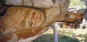 Aboriginal cave paintings: Gwion Gwion figures of males with headdresses, tassels and arm-bands