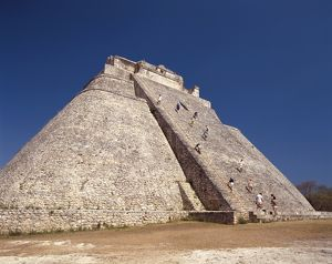 Adivino, or Pyramid of the Magician,
