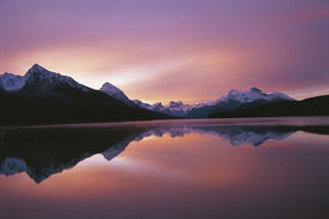 photographer galleries/nature production collection/maligne lake sunrise