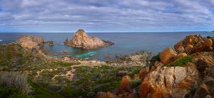 Sugarloaf Rock, weathered metamorphic rock about 640 million years old,