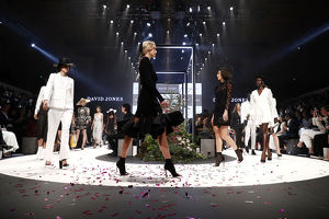 <b>Melbourne Fashion Week 2018</b><br>Selection of 318 items