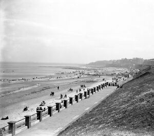 The beach and promenade at Whitley Bay, Northumberland. 1928