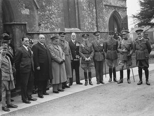 The Gallipoli service in Eltham, Kent. <br> The Reverand H Hall with Major M M Del Monte