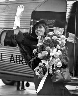 Mistinguett at Croydon airport. 12th October 1938