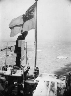 The North Sea Patrol. Minesweepers of the Royal Navy, free from the hazardous war service