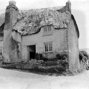 Thatched cottage 'Bohilla', St Mawes, Cornwall. Before 1914